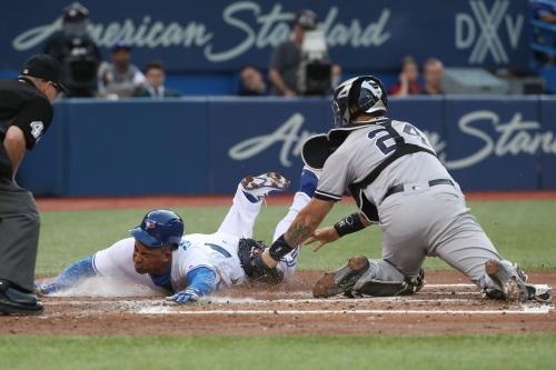 Marco Estrada pitches gem as Blue Jays beat Yankees 4-0