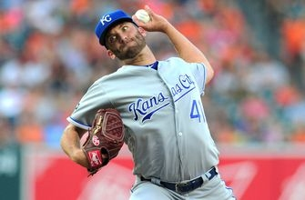 Royals head to Chicago hoping to end four-game skid