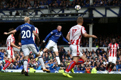 Everton 1-0 Stoke City: Everton off to the perfect start as Wayne Rooney makes a dream return to Goodison Park