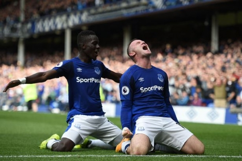 'Wayne Rooney's name then reverberated around the Everton pitch. It was his day.'