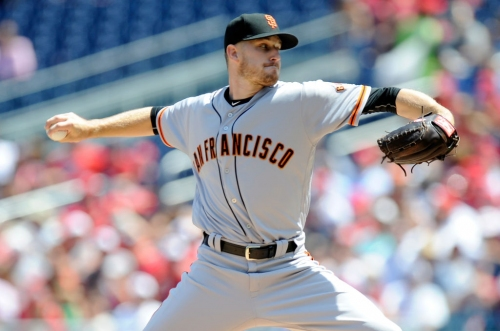 Strickland booed but Stratton shines for Giants in Game 1 victory over Nationals
