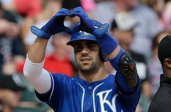 Merrifield's bat leads Royals in 14-6 win over White Sox
