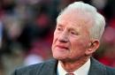 Legendary Arkansas coach Frank Broyles, whose players included Jerry Jones, Jimmy Johnson, dies at 92