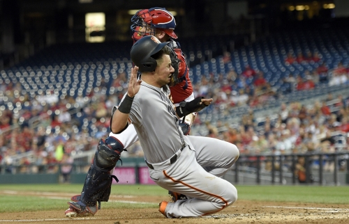 Giants GM says concussion DL is a consideration for Joe Panik