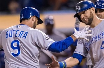 WATCH: Royals homer three times in the eighth inning