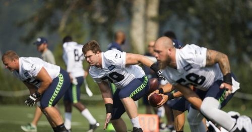 Pete Carroll says Seahawks' offensive line 'did very well' in preseason opener against Chargers