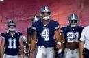 Cowboys won't alter the playbook for Dak Prescott during Ezekiel Elliott's suspension