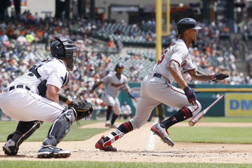 Byron Buxton shouldn't be keeping the ball on the ground