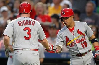 Cardinals battle back for win over Pirates on rainy night in Pittsburgh