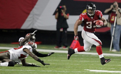 Former Falcons RB Michael Turner to cover team this season