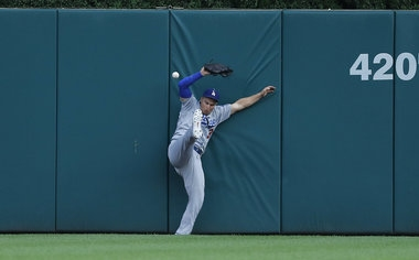 Justin Upton's big blasts not enough for Tigers to overcome MLB-best Dodgers