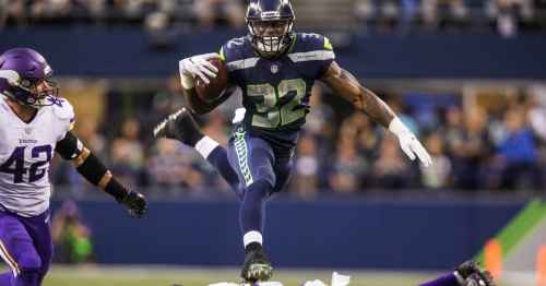 Russell Wilson shines in Seahawks' win over Vikings, but George Fant's injury is a concern