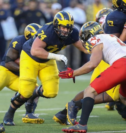 Michigan football OL Ben Bredeson sharpened by Rashan Gary, D-line