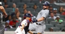 Mariners hold on to win game against Braves that they tried to give away