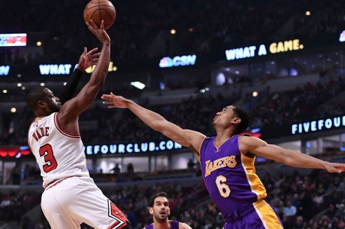Report: Los Angeles an 'appealing destination' for Dwyane Wade if bought out by Bulls