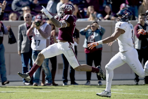 Pop quiz: 14 questions with sophomore running back Trayveon Williams