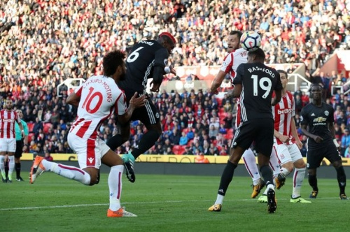 Manchester United defensive errors blow first points of season vs Stoke City