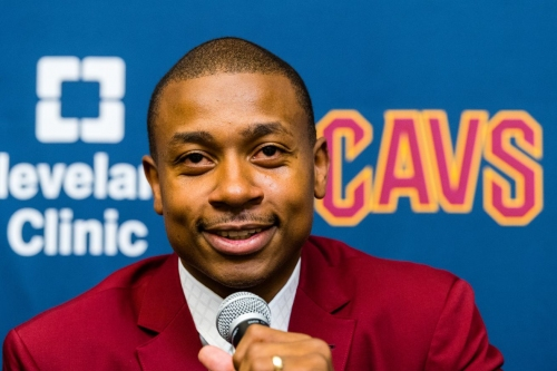 Podcast: Checking in on Isaiah Thomas' hip issues