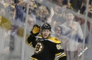 David Pastrnak re-signs with the Bruins