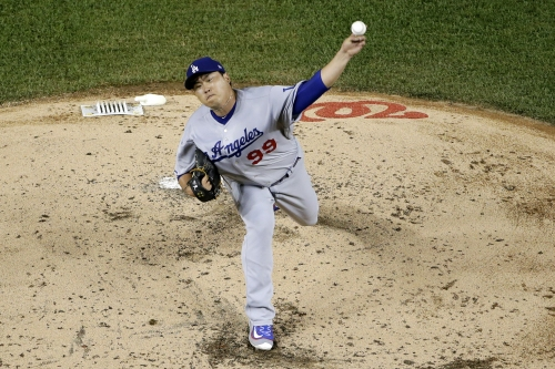Hyun-Jin Ryu pitches well but not deep and Dodgers bullpen takes heat in 7-1 loss