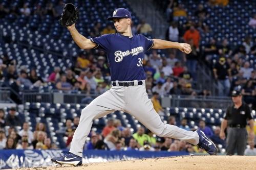 Brent Suter, Ryan Braun help Brewers beat Pirates to gain ground in playoff race
