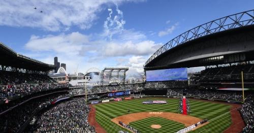Mariners will expand netting in wake of incident at Yankee Stadium