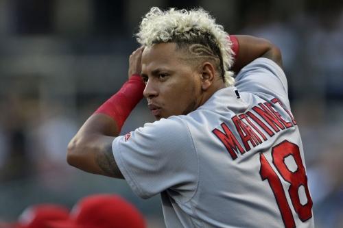 Cardinals News and Notes: Leake Trade, Center Field, Matheny, el Cumpleaños de Carlos