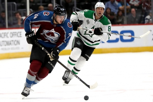 Morning Flurries: Avs win & we remember Team North America
