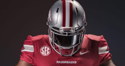 Internet mocks Arkansas alternate uniforms for looking like Ohio State's