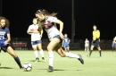 Arizona soccer's offense too much for Oregon in 3-1 win