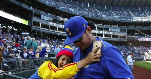Mariners eliminated from playoff race after losing final home game of season
