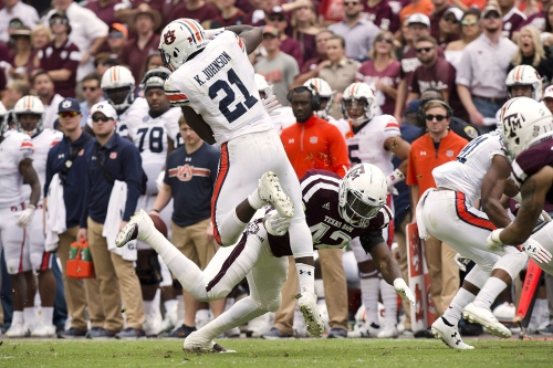 Robert Cessna grades the Aggies: Up-and-down performance against Auburn receives average marks