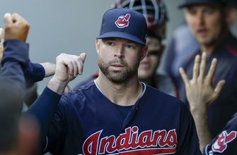 Kluber strengthens Cy Young case in Indians' 4-2 win over Mariners