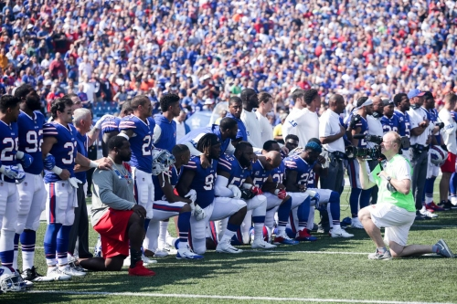 Buffalo Bills players, coaches respond to national anthem protests