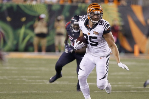 Tyler Eifert out multiple weeks due to back injury