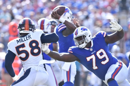 Tyrod Taylor, Von Miller speak about that strange unsportsmanlike conduct call
