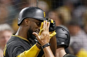 McCutchen's 1st grand slam powers Pirates over Orioles 10-1 (Sep 26, 2017)