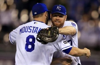 Vargas wins 18th as Royals top Tigers 2-1; KC eliminated (Sep 26, 2017)