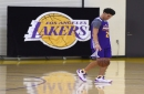 Lonzo Ball turns heads in Lakers' first training camp scrimmage