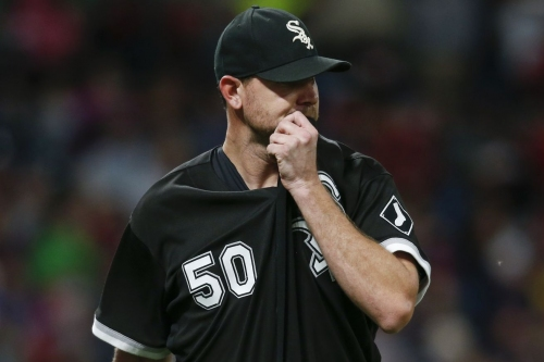 Indians 10, White Sox 1: Defense accelerates Mike Pelfrey's unraveling