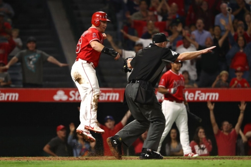 Angels Host Mariners for End of Season Party, Turn Out to be Rude Hosts