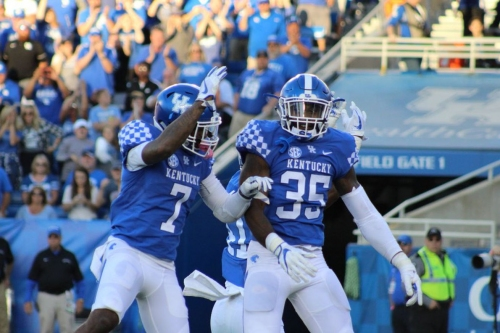 Kentucky Wildcats Quickies: An Ugly Win is Still a Win Edition