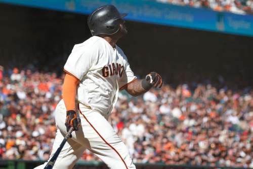 Giants win final game of 2017 season on Pablo Sandoval walk-off home run
