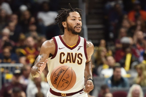 Derrick Rose to start at point guard