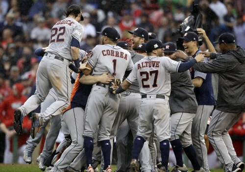Justin Verlander pitches Astros past Red Sox in Game 4 to advance to ALCS