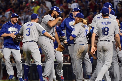 MLB Roundup 10/10: Yankees force Game Five; Dodgers move on