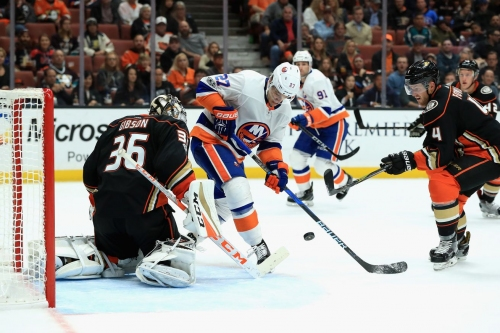 John Gibson stops 39 of 41 Shots and Islanders Power Play goes 0-5 as Ducks win 3-2