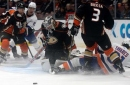 Gibson makes 38 saves to lift Ducks to 3-2 win over Isles
