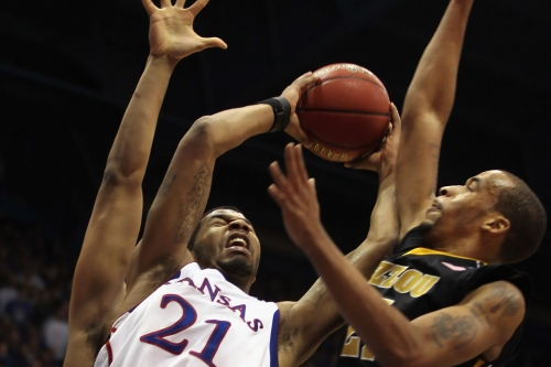 It's Official: Kansas, Missouri to play Exhibition Basketball Border War Game for Charity