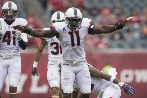 Final: UConn Fights Off Comeback to Defeat Temple, 28-24